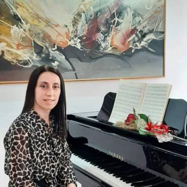 Elena Maznejkova
